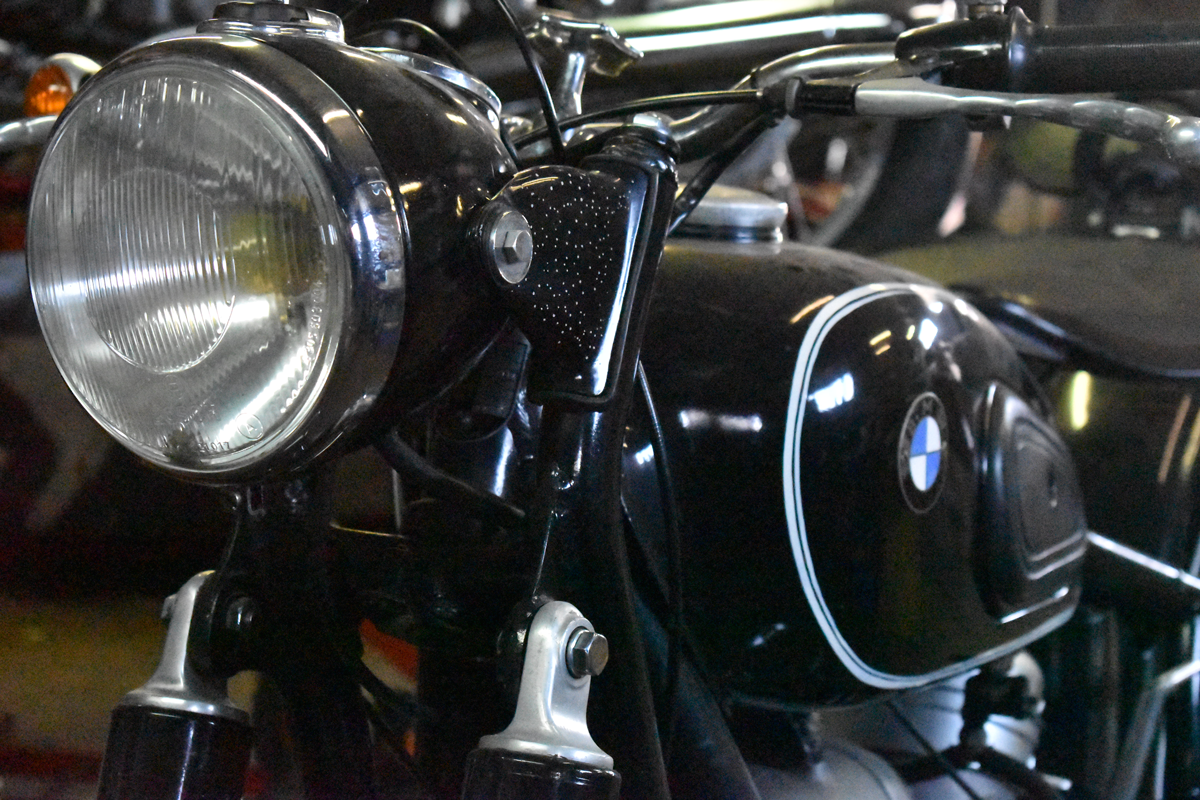 motorcycle restauration picture